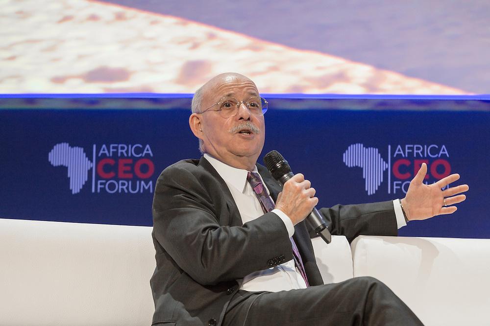 """Jeremy Rifkin, lors de Prospective: L'Afrique vers la 3ème révolution indsutrielle et la """"Société du coût marginal zéro"""", Africa CEO Forum 2015"""