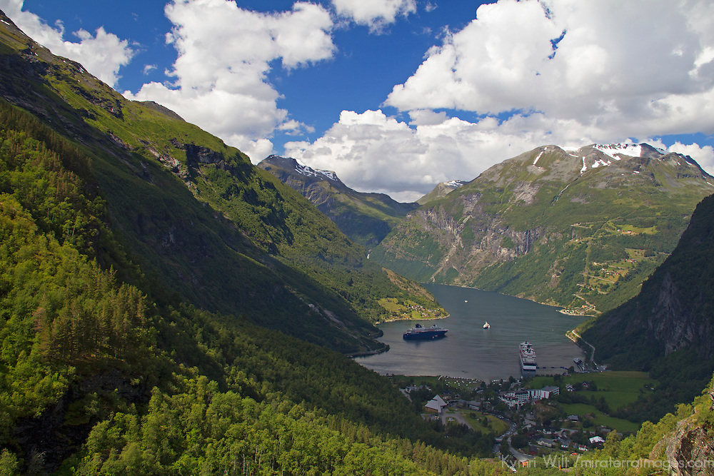 Europe, Norway, Geiranger. View of Geirganger Fjord.