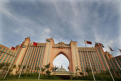 Atlantis Hotel Dubai. <br /> General View of the Atlantis Hotel at the end of the Palm Jumeirah, Dubai, United Arab Emirates, Sunday, 2nd November 2008. Picture by Andrew Parsons / i-Images