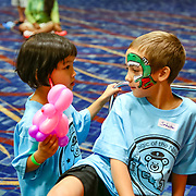 Cardinal Health RBC 2016. Camp Cardinal Rompers, Navy Pier Activities - Balloon Animals and Face Painting. Photo by Alabastro Photography.