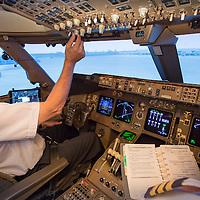 Boeing 777 Flight Simulator Flight Deck