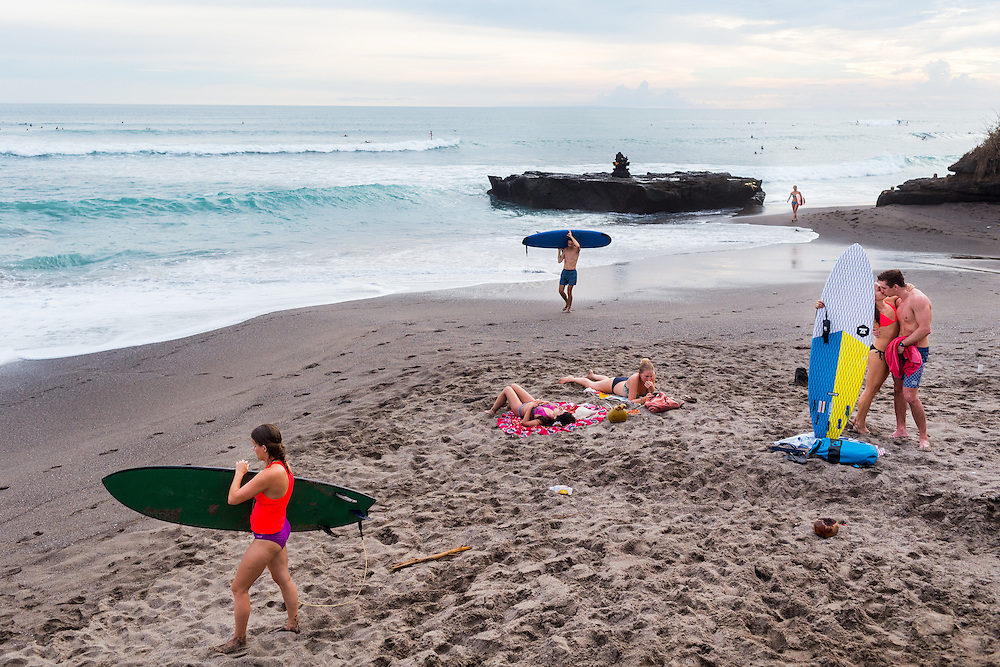 Scenes at Batubolong beach in Canggu.