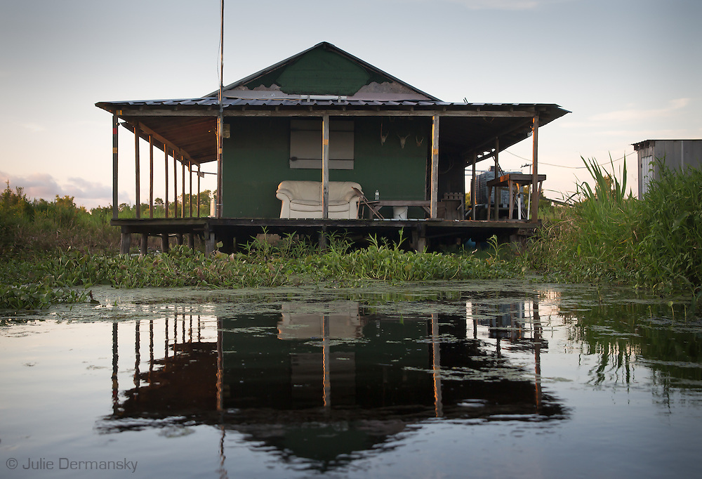 Lake boeuf photo video reportage art julie dermansky for Louisiana fishing camps
