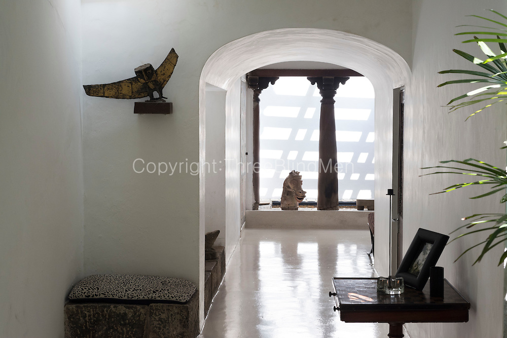 11, 33rd Lane,  Geoffrey Bawa's Colombo home. <br /> Entrance hallway. Owl sculpture by Laki Senanyake.