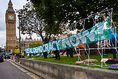 2014-10-22 Occupy Democracy continues in Parliament Square