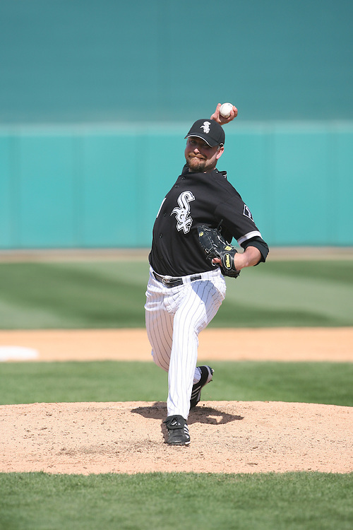 TUCSON - MARCH 2:  Scott Linebrink #71 of the Chicago White Sox pitches during the game against the Arizona Diamondbacks at Tucson Electric Park in Tucson Arizona on March 2, 2008.  The Diamondbacks defeated the White Sox 12-5.  (Photo by Ron Vesely)