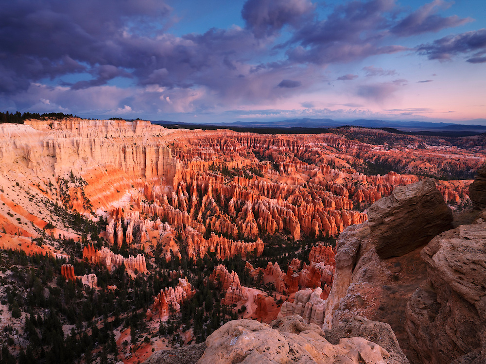 Bryce Canyon desde el Bryce Point, Utah, Estados Unidos