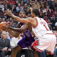 21 December 2009: Sacramento Kings guard Tyreke Evans drives past Chicago Bulls guard Derrick Rose during the Sacramento Kings 102-98 victory over the Chicago Bulls at the United Center, in Chicago, Illinois, USA.