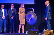 ROTTERDAM - Koningin Maxima is aanwezig bij de lancering van het platform NLGroeit, het programma van en voor ondernemers met groeiambitie die elkaar willen helpen om groei te realiseren. Het evenement vindt plaats in de Van Nelle Fabriek. COPYRIGHT ROBIN UTRECHT<br /> ROTTERDAM - Queen Maxima attends the launch of the platform NLGroeit, the program and for entrepreneurs with growth ambitions who want to help each other to achieve growth. The event takes place in the Van Nelle factory. COPYRIGHT ROBIN UTRECHT