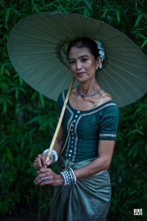 Apsara Dancer, performing a traditional Khmer dance.  Amansara Luxury Hotel. Cambodia.