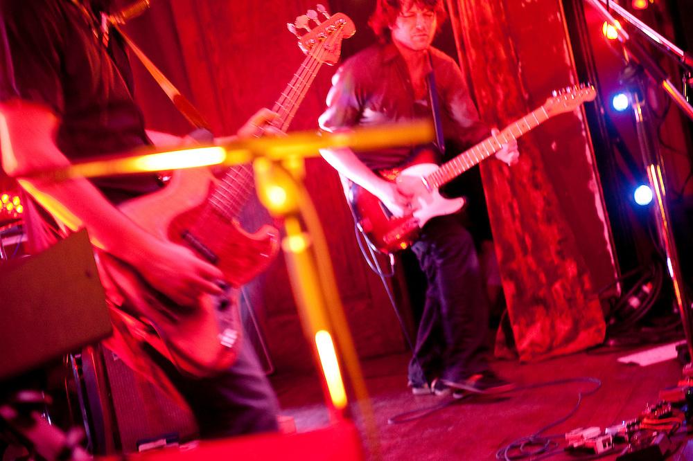 Fred Fortin avec ses fabuleux complices: Olivier Langevin, Justin Allard à La Sala Rossa, mercredi 10 février 2010.