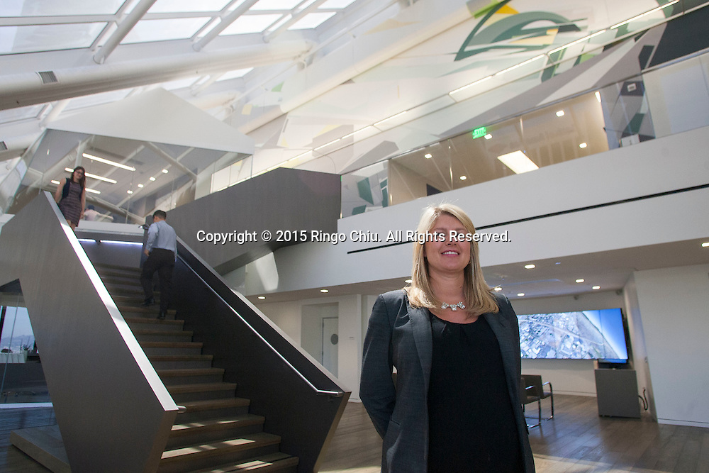 Beth Moore of CBRE at the company's headquarters, 400 S. Hope Street, Los Angeles. (Photo by Ringo Chiu/PHOTOFORMULA.com)