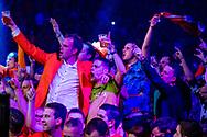 ROTTERDAM - Raymond van Barneveld tijdens zijn partij tegen Gary ANderson tijdens de Premier League Darts in Ahoy. copyright robin utrecht