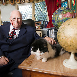 May0029836.DTFeatures.Pic Shows Sir Patrick Moore with one of his cats Jeannie Sir Patrick Moore