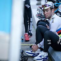 Mark Cavendish following leadout training