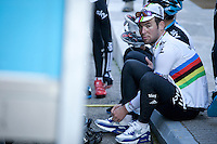 Mark Cavendish following leadout training