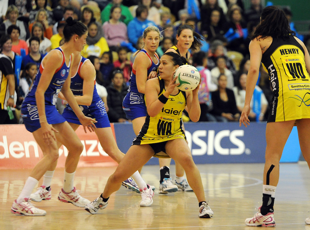 Pulse's Liana Leota against the Mystics in the ANZ Championship netball, Arena Manawatu, Palmerston North, New Zealand, Sunday, May 18, 2014. Credit:SNPA / Ross Setford