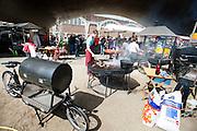 De catering gebeurt met de bakfiets. In Nijmegen vindt voor de derde keer het International Cargo Bike Festival plaats. Het tweedaags evenement richt zich op het gebruik en de gebruikers van bakfietsen. Bakfietsen worden in heel Europa steeds vaker ingezet, zowel door particulieren als bedrijven. Het is een duurzame vorm van transport en biedt veel voordelen.<br /> <br /> Catering by cargo bike. In Nijmegen for the third time the International Cargo Bike Festival is hold. The two-day event focuses on the use and users of cargobikes. Cargo bikes are increasingly being deployed across Europe, both individuals and businesses. It is a sustainable form of transport and offers many advantages.Nederland, Nijmegen, 13-04-2014