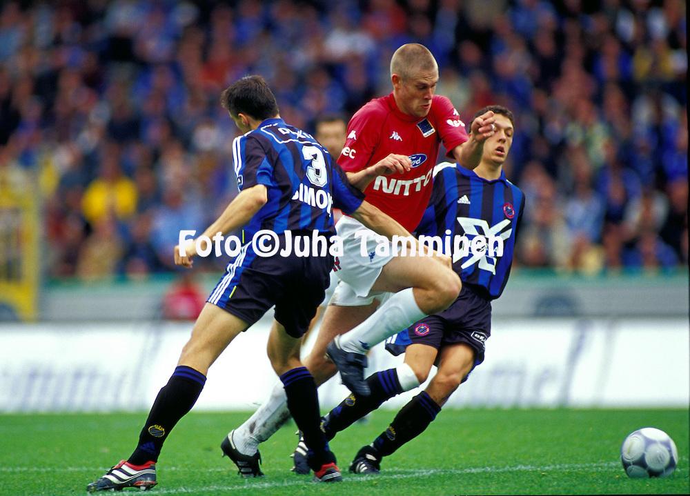 30.09.2001, Jan Breydelstadion, Bruges, Belgium. Belgian championship, First Division match, Club Brugge K.V. v K.R.C. Genk..Juha Reini (Genk)..©JUHA TAMMINEN