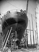 1954 - 26/08 Irish Fern being built for Irish Shipping Ltd