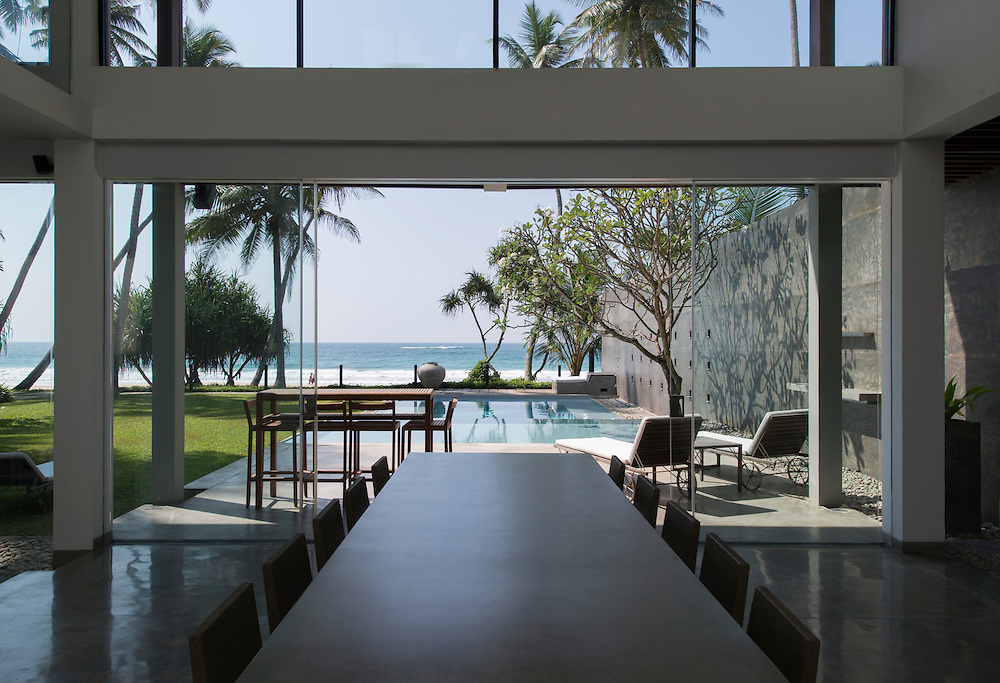 Saffrons Beach House. Habaraduwa.<br /> Architect: Philip Weeraratne and Ravindu Karunanayake