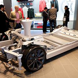150115 Tesla Knutsford Store Opening
