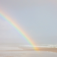 Rainbow over Reenroe Beach nearby Ballinskelligs, County Kerry, Ireland / rb020