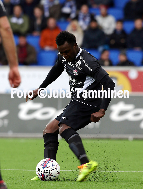 19.4.2015, Sonera stadion, Helsinki.<br /> Veikkausliiga 2015.<br /> Helsingin Jalkapalloklubi - FC Lahti..<br /> Hassan Sesay - FC Lahti