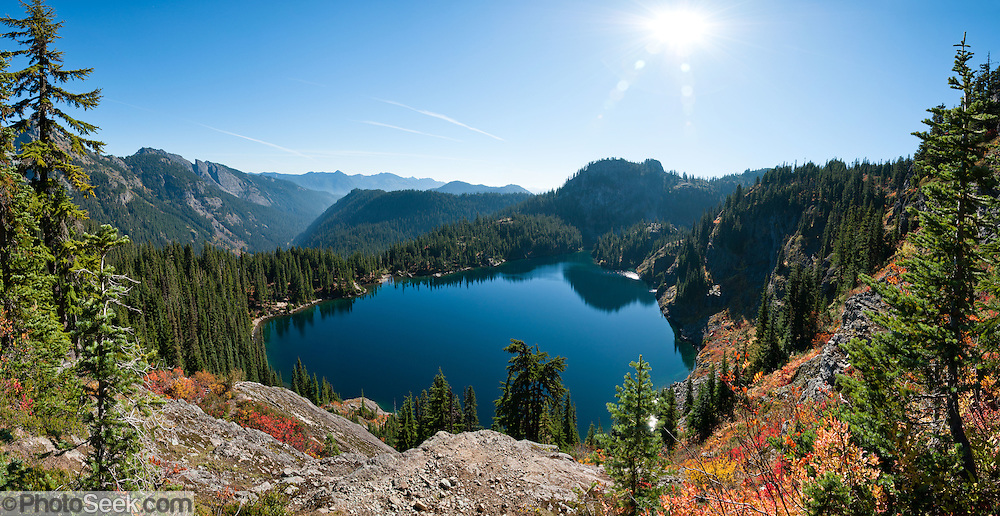 Rachel Lake, Box Canyon, in Alpine Lakes Wilderness ...