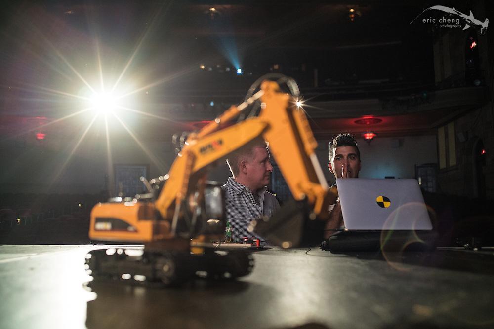 Bobak Ferdowsi and Jeremy Williams. Tested.com live show, Oct 23, 2015, Castro Theater, San Francisco.