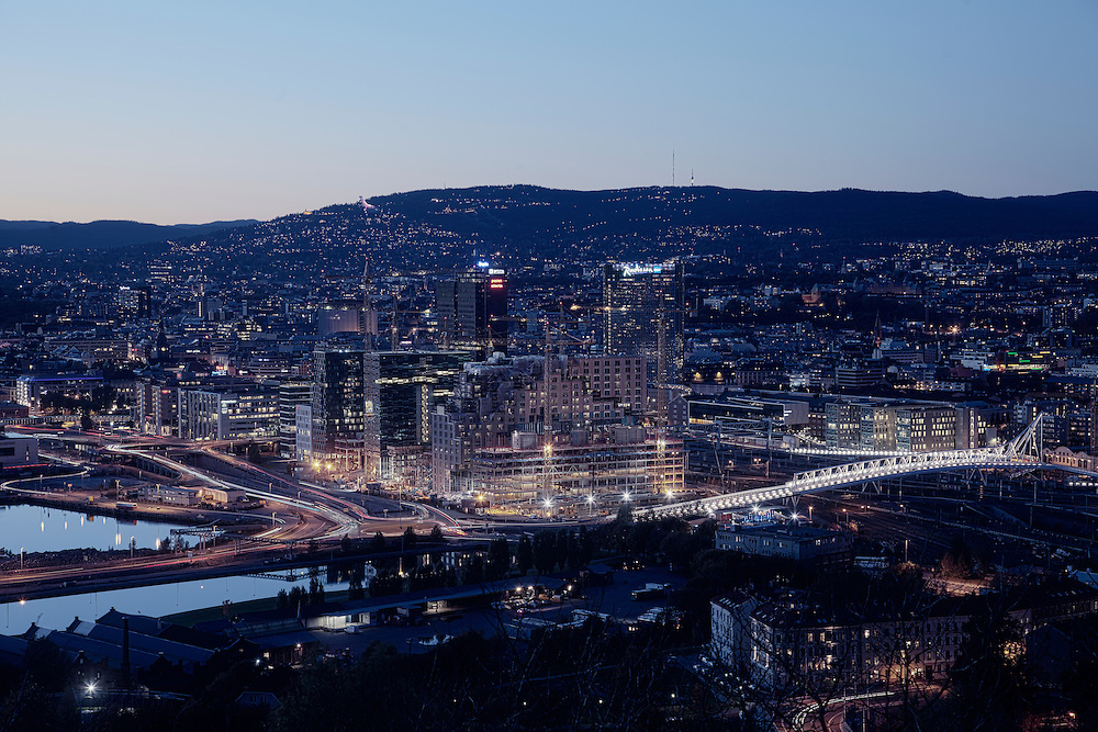 Oslo city by night (Barcode)