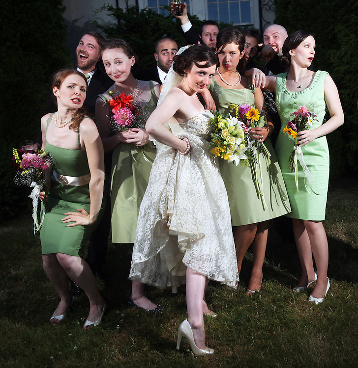 Wedding photojournalism by Thomas Patterson. 503.508.4274 / tom@yourpaltom.com