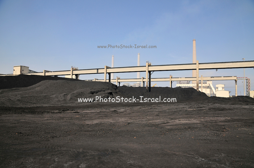 Israel, Hadera, The Orot Rabin coal operated power plant. Coal storage site The coal is loaded on an enclosed conveyer belt for transport to the boilers