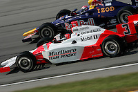 Helio Castroneves and Alex Barron at the Kentucky Speedway, Kentucky Indy 300, August 14, 2005