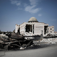 SYRIA, ALEPPO. Aftermath of airstrikes in Azaz, north-west of Aleppo, on September 29, 2012. ALESSIO ROMENZI