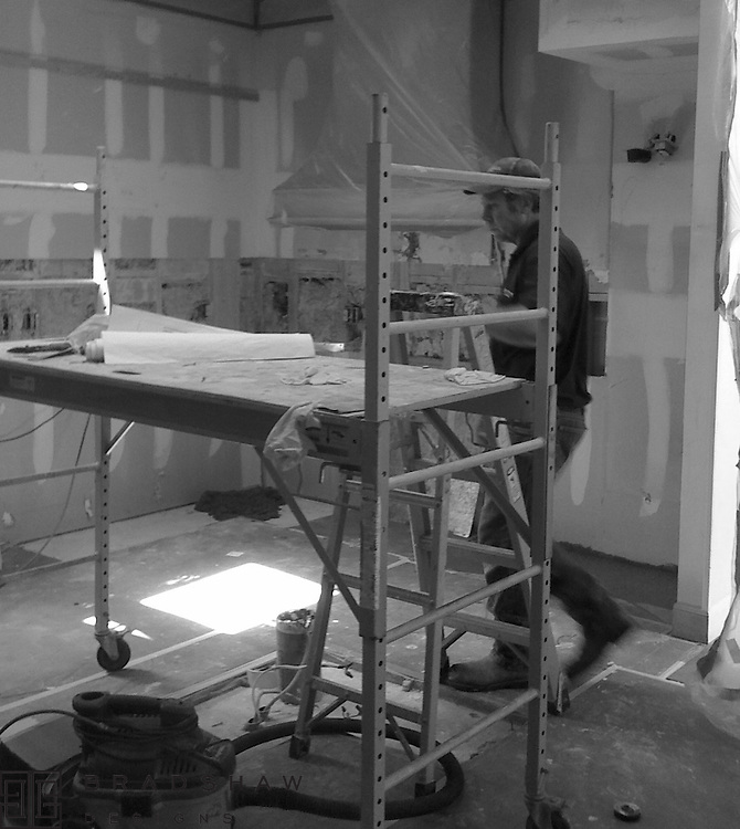 11. Contractor builds.