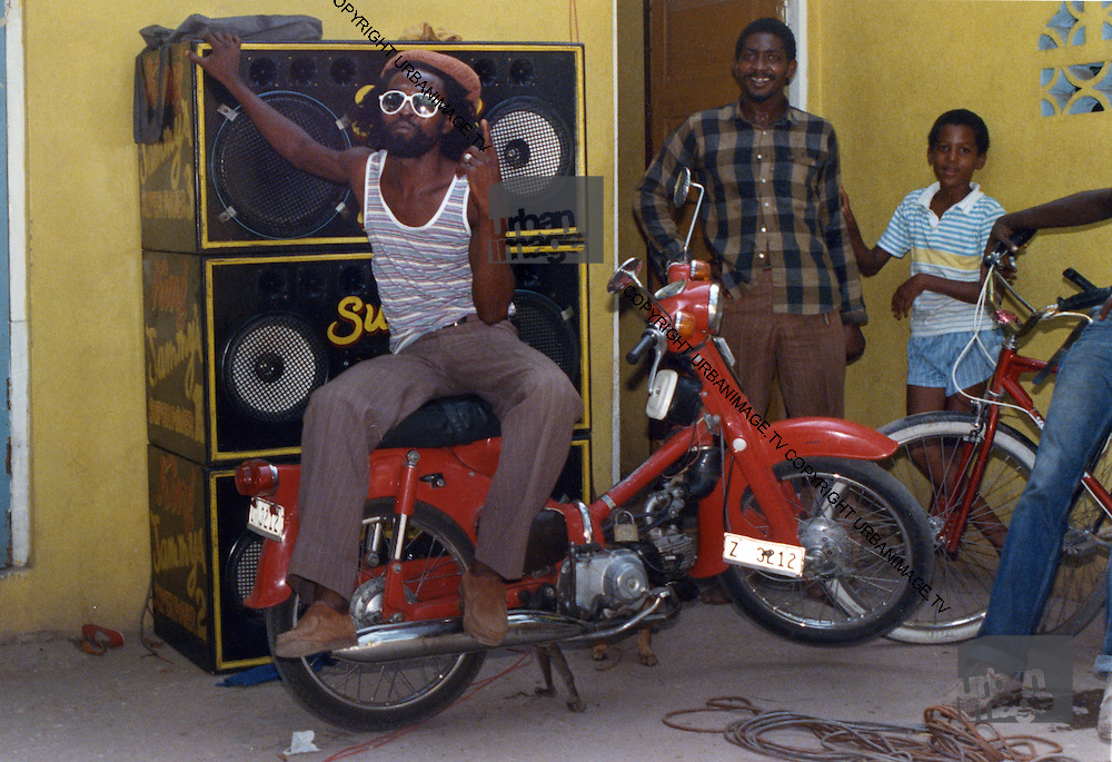 Nitty Gritty and Sound System - Kingston