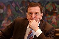 09 JAN 2002, BERLIN/GERMANY:<br /> Gerhard Schroeder, SPD, Bundeskanzler, waehrend einem Interiew, in seinem Buero, Bundeskanzleramt<br /> Gerhard Schroeder, SPD, Federal Chancellor of Germany, during an interview, in his office<br /> IMAGE: 20020109-02-024<br /> KEYWORDS: Gerhard Schr&ouml;der