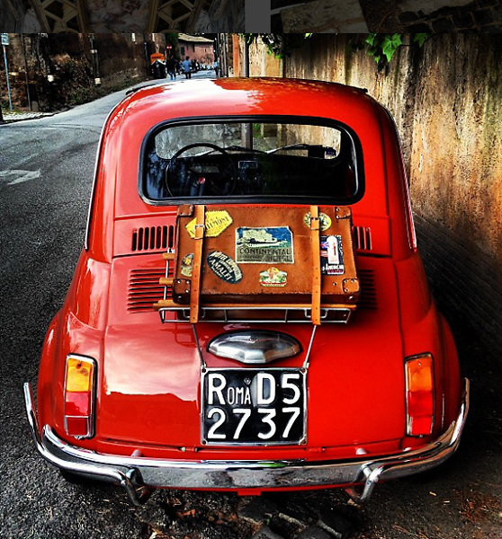 Rome 2015: an old Fiat 500 car