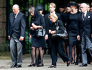 Nederland, Lage Vuursche, 16-08-2013 Funeral of Prince Friso at the Stulpkerk in Lage Vuursche.<br /> King Harald on his way to the Stulpkerk in Lage Vuursche for the funeral. ROBIN UTRECHT/