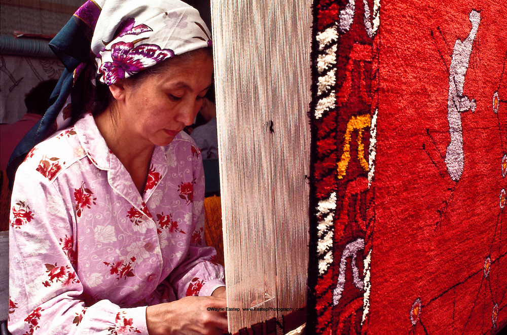 """the meaning of heritage in everyday Everyday use by alice walker step 3 """"everyday use"""" depicts a generation gap between dee and her mother the meaning of heritage the divisive power of."""