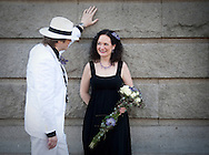 OSLO 20090424; Tom Jørgensen giftet seg denne dag med Ragnhild Elisabeth Molnes Skodje, og sammen utgjør de turtelduo.com.  FOTO: TOM HANSEN