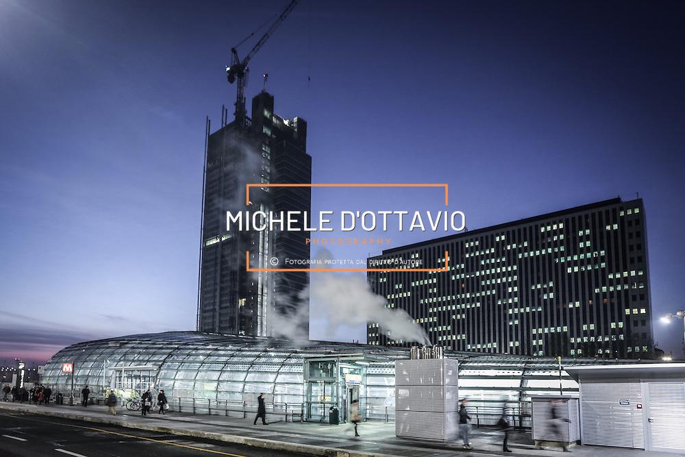 Torino, stazione Porta Susa e cantiere del grattacielo Torre Intesa Sanpaolo progettato da Renzo Piano.. 9 dicembre 2013