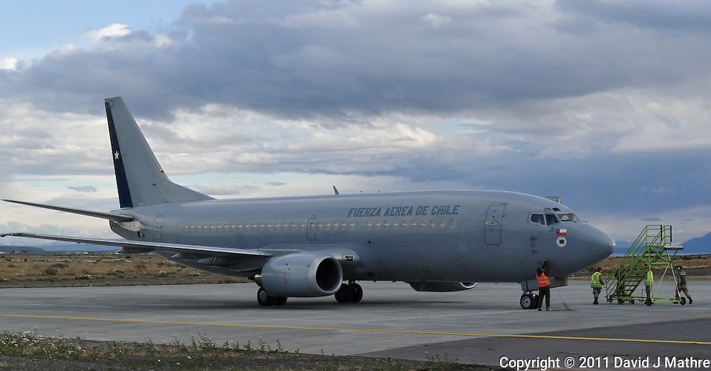 Chilean Air Force B-737 Refugee Transport at Puerto Natales Regional Airport