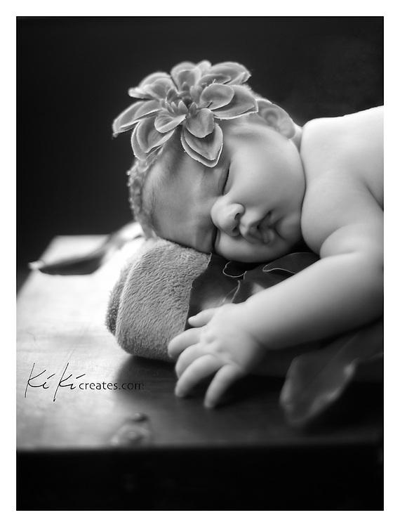 Baby Gianna, newborn shoot with KiKi Creates