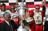 Dan Wheldon wins at the Twin Ring Motegi, Japan Indy 300, April 30, 2005