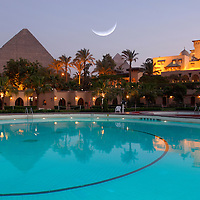 Hotel Mena House Oberoi with Gizeh Pyramids, Cairo, Egypt
