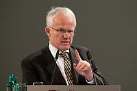 11 JAN 2010, KOELN/GERMANY:<br /> Dr. Juergen Ruettgers, CDU, Ministerpraesident Nordrhein-Westfalen, dbb Jahrestagung &quot;Europa nach Lissabon - Fit fuer die Zukunft?&quot;, Messe Koeln<br /> IMAGE: 20100111-01-101<br /> KEYWORDS: J&uuml;rgen R&uuml;ttgers