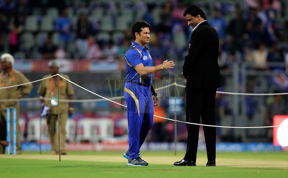 Sachin Tendulkar and Javagal  Srinath before the match during match 1 of the Vivo Indian Premier League ( IPL ) 2016 between the Mumbai Indians and the Rising Pune Supergiants held at the Wankhede Stadium in Mumbai on the 9th April 2016<br /> <br /> Photo by Rahul Gulati/ IPL/ SPORTZPICS