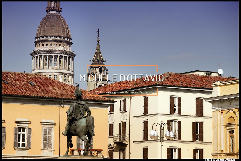 basilica di San Gaudenzio Novara, è la seconda città più popolosa del Piemonte dopo il capoluogo regionale Torino è il secondo agglomerato urbano della regione con circa 170.000 abitanti